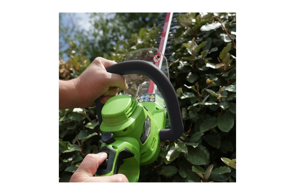 Green Works Corded Hedge Trimmer 22102